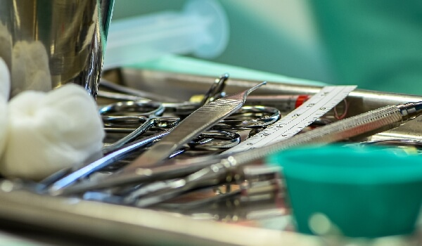 surgical equipment's tracker